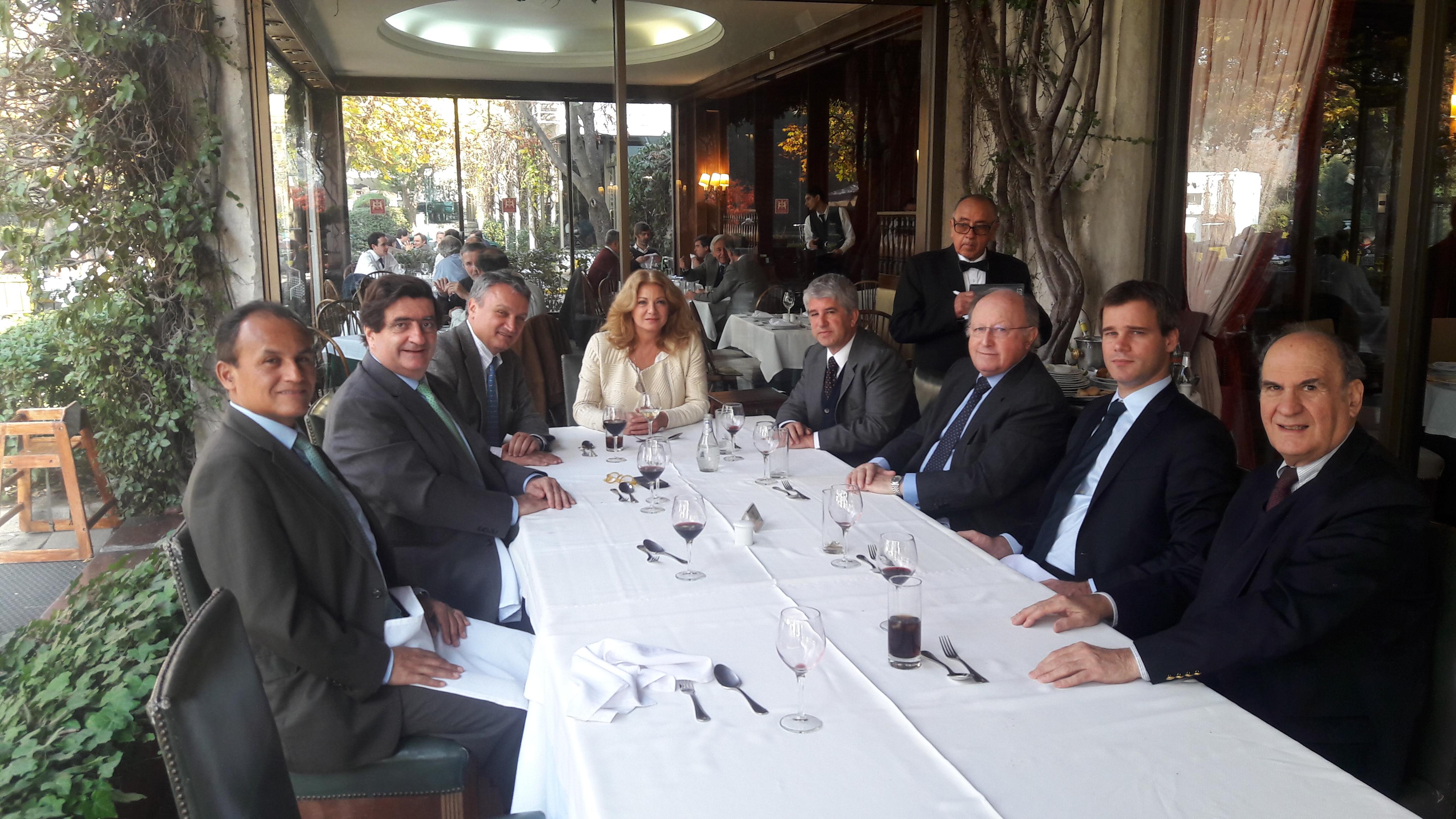 Almuerzo de Directorio de la Cámara con el Embajador del Perú